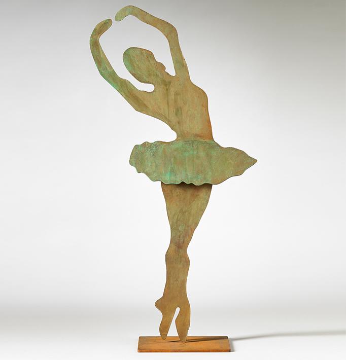 Bailarina I – Hierro Patinado